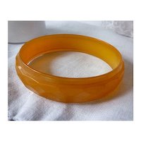 Diamond Faceted Orange Yellow Translucent Bakelite Bangle Bracelet