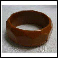 Rich Caramel Hexagon Faceted Chunky Hard Plastic Bangle Bracelet
