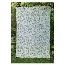 Vines Leaves Berries and Tiny Flowers Vintage Decorator Panel
