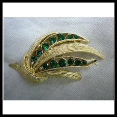 Green Rhinestones and Leaves Vintage Goldtone Brooch