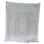 Lovely Large Linen Embroidered Daisy Chain Tablecloth