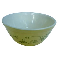 Pyrex Shenandoah 402 Beaded Edge Mixing Bowl