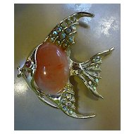 Goldtone Angel Fish Brooch Rhinestones and Coral Pink Jelly Belly