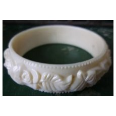 Roses and Leaves Creamy White Hard Plastic Molded Bangle