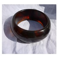 Deep Rootbeer Swirl Very Chunky Bakelite Bangle Bracelet