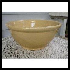 "Lovely Large Yelloware 12"" Mixing Bowl"