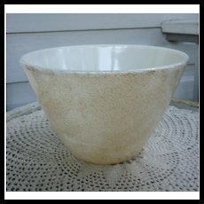 Rare Large Fire King Georges Briard Splash Proof Gold Speckled Bowl