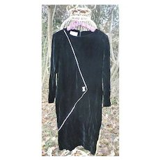 Vintage 1980s Cattiva by Maya Jornot Black Velvet Long Sleeved Maxi Dress