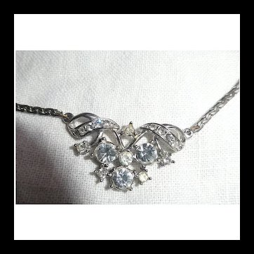 Lovely Large Clear Rhinestones Silvertone Choker Necklace