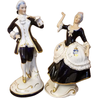 Vintage Royal Dux Courting Couple Figure Figurine