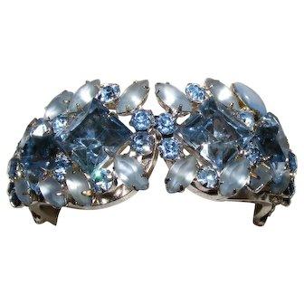 Vintage Juliana D&E Rhinestone Blue Rhinestone Clamper Cuff Bangle Bracelet