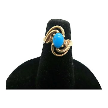 Lovely Turquoise and 10K Yellow Gold Ring Size 4