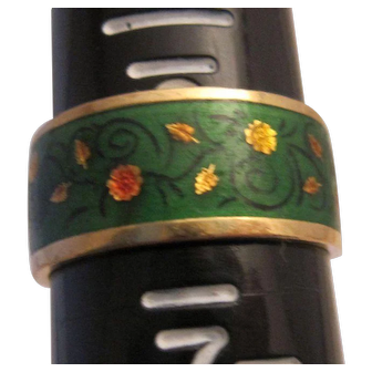 Pretty 18K Enamel Hallmarked Band