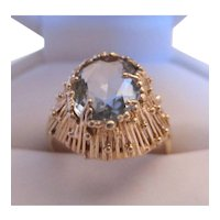 Attractive 14K Gold Blue Topaz Ring