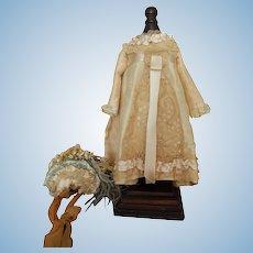 """Vintage silk dress & bonnet for 15"""" bebe"""