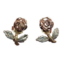 Beautiful vintage 10K Gold rose earrings