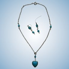 Lovely necklace & earrings for French bebe