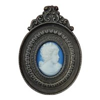 Lovely old Jasper ware cameo in frame for doll/dollhouse