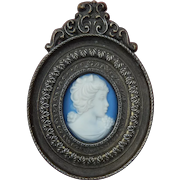 Lovely old Jasper ware cameo in frame for doll/dollhouse