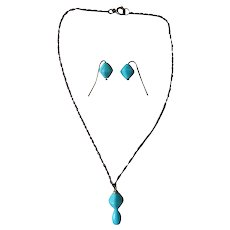 Lovely turquoise blue glass doll jewelry