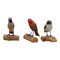 Lovely set of vintage hand painted wooden birds for doll display