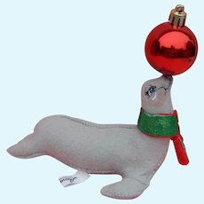 Annalee Christmas seal