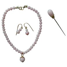 Light pink glass jewelry set for cabinet size bebe