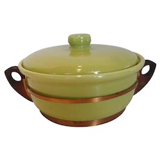 Bauer Large Chartreuse Casserole w Copper & Wood Caddy