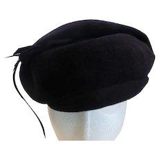 Vintage Midnight Blue Velour Ladies Hat w Feather