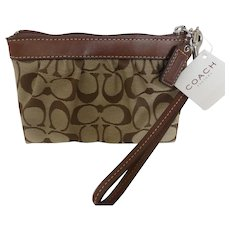 Coach Wristlet in Signature Jacquard and Leather Original Tags MINT