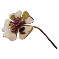 Vintage 1940's Gold Tone Pink Rhinestone Center Flower Brooch