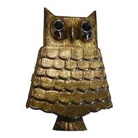 1964 Avon Gold Tone Owl Solid Perfume Glace′ Locket Brooch