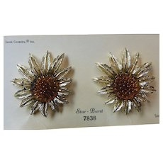 Sarah Coventry Large Star Burst Earrings MINT
