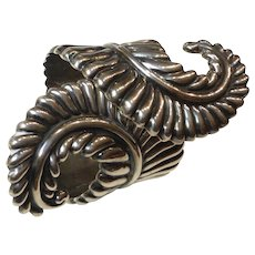 Stunning Taxco Sterling Silver Pre-1948 Clamper Bracelet Mexico