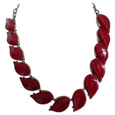Vintage Thermoset Stylized Leaf Necklace
