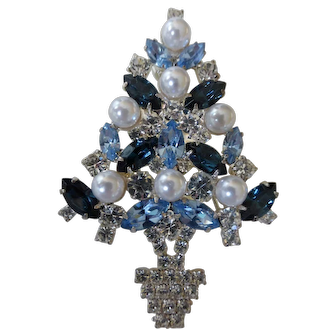 Eisenberg Ice Christmas Tree Brooch Swarovski Crystals Simulated Pearls