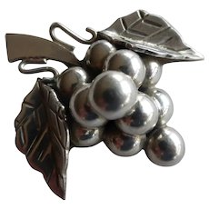 Vintage Taxco Mexico Sterling Silver Grape Cluster Pendant Brooch Pin