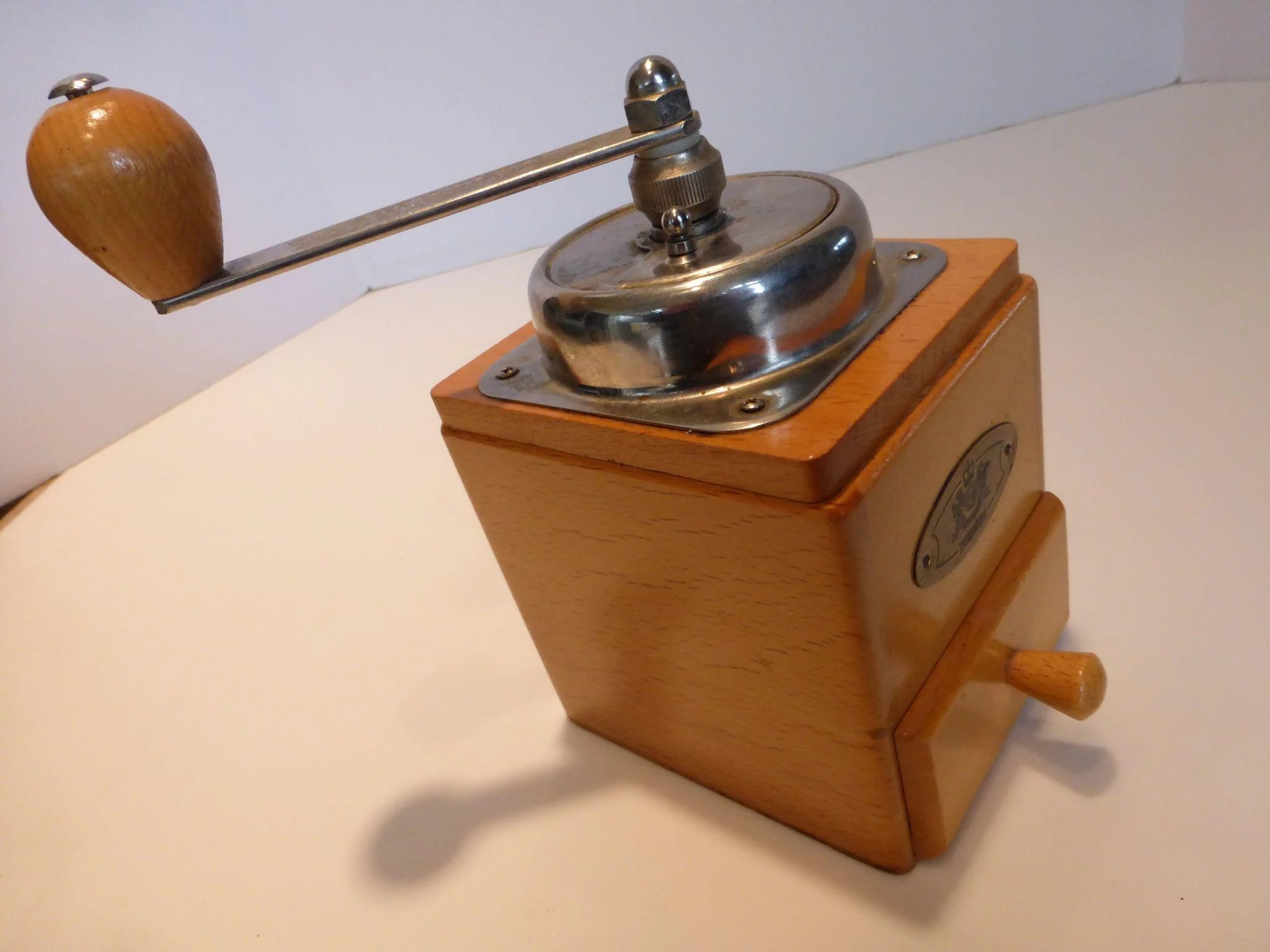 Vintage Zassenhaus Wooden Crank Coffee Mill Grinder Countertop Germany To Expand
