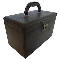 Mid-Century Faux Crocodile Train Case Cosmetics Travel Case w Key