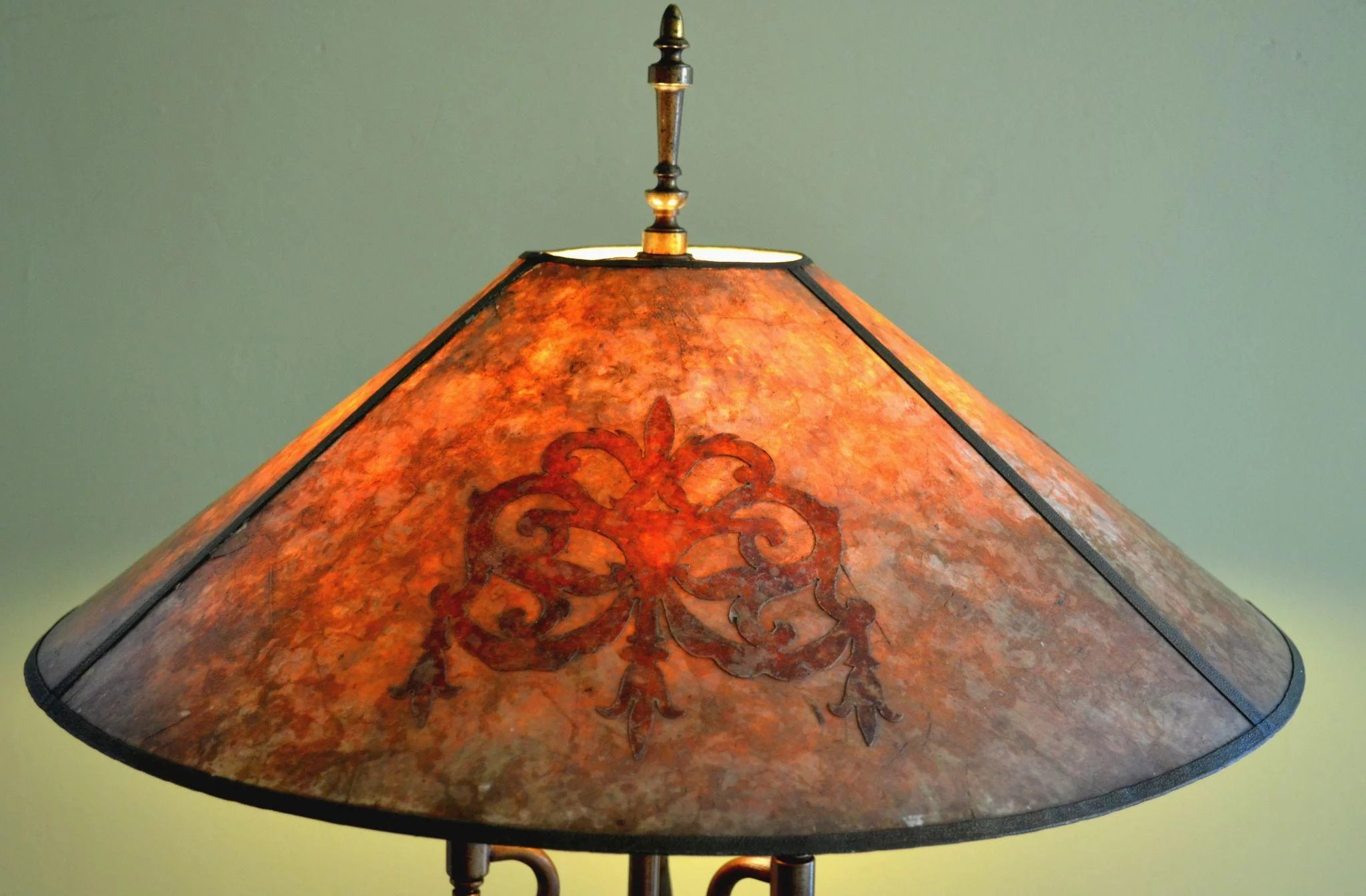 Antique Floor Lamp With Mica Shade Signed Mutual Sunset Lamp Co Vintage Lamps And Lighting