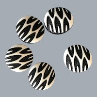 Set 5 vintage modernist sewing buttons black and white textured plastic