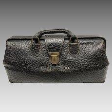 Vintage Lilly medical doctor's traveling bag pebbled leather
