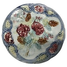 """French majolica red roses 8"""" plate"""