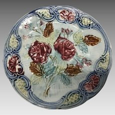 "French majolica red roses 8"" plate"