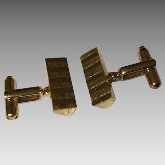 Fantastic cufflinks in 2 tone gold coloured triangles- high quality Sherman Senator