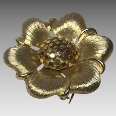 Boucher  7878P  numbered signed brooch pin flower texture gold tone