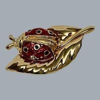 Retired Swarovski lady bug brooch in red enamel  - signed  logo swan-