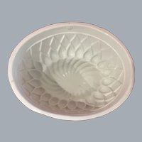 Antique Ironstone jelly aspic English PUDDING MOLD by PARAGON diamond pattern