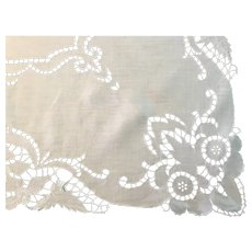 """Vintage hand embroidered cutwork square table topper tablecloth 33"""""""