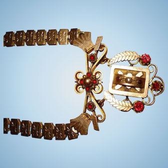 Gorgeous Victorian Era Etruscan Style Pendant